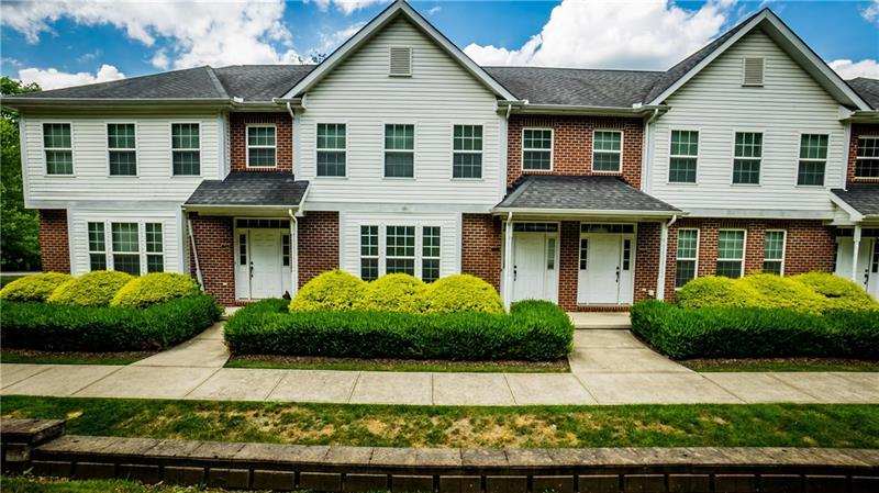 203  Lakeview Ct